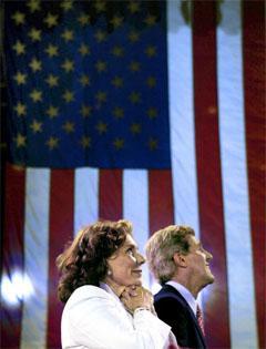 John Kerry med sin kone Teresa Heinz-Kerry under partikonventet. (Foto: Reuters/Scanpix)