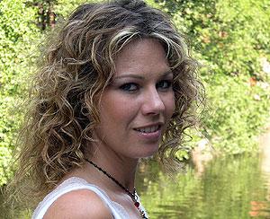 """Trine Rein er tilbake med samlealbumet """"The very best of Trine Rein"""". Foto: NRK"""