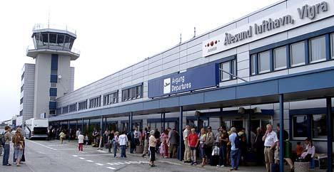 Ålesund lufthamn Vigra (Foto: Pål Bakke, NRK)