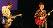 Vidar Busk og Amund Maarud spilte sammen på Notodden bluesfestival.