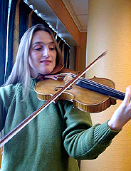 Susanne Lundeng i NRKs studio. Foto: Ivar Jensen.