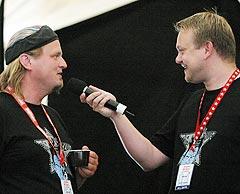 Knut Reiersrud ble intervjuet av Michael Skorbakk i NRK P1s festivalsending lørdag. Foto: Jørn Gjersøe, nrk.no/musikk.