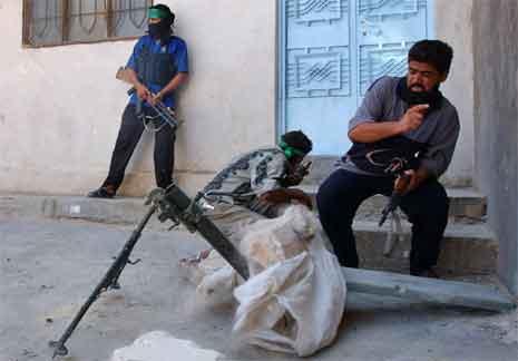 Det har også i dag vore harde kampar i Najaf. (Foto: AP/Scanpix)