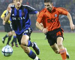 Rune Lange (t.v.) scoret for Brugge igjen. (Foto: Scanpix)
