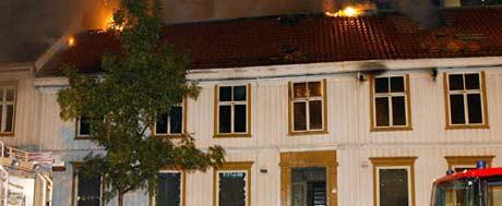 Det blei store skadar etter brannen i Søndre gate. (Foto: Scanpix/Gorm Kallestad)