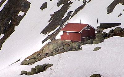 Flatbrehytta vart bygd av Anders Øygard. Foto Heidi Lise Bakke © NRK
