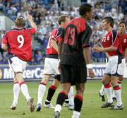 Her jubler de norske spillerne etter 1-1. (Foto: Tor Richardsen / SCANPIX)