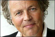 Tommy Sørbø mener det er kunstnere som står bak svartmalingen av Monolitten