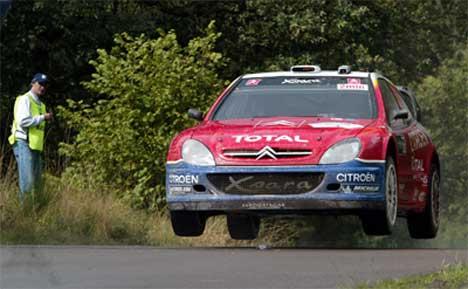 Sebastien Loeb kjører raskest av alle i Rally tyskland 2004, AP Photo/Hermann J. Knippertz