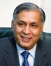 Pakistans nye statsminister Shaukat Aziz ble utnevnt i dag. (Foto: F.Mahmood, Reuters)