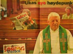Tidligere prost Gunnar Holtskog i reklamen for Vardens søndagsavis