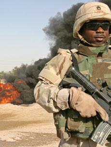Amerikanske soldater i Irak er utsatte mål for opprøre. (Arkivfoto)