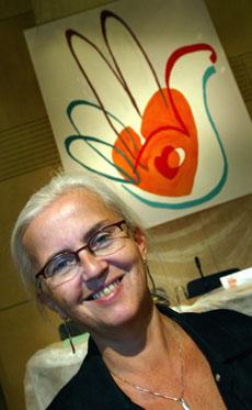 LITEN GRUNN TIL Å SMILE: Bellona er ikke særlig fornøyd med miljøvernminister Helen Bjørnøy. (Foto: G. Kallestad, Scanpix)