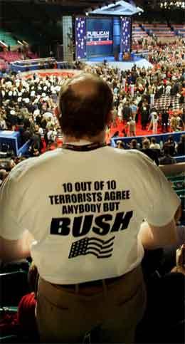 Det var stor stemning på landsmøtet under Cheney sin tale. (Foto: AP/Scanpix)