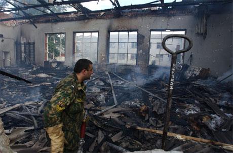 331 mennesker, halvparten av dem barn, ble drept da russiske sikkerhetsstyrker stormet skolen. (Arkivfoto: Scanpix/AFP)