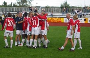 KIL jubler for nok en seier, men et mulig opprykk skaper hodebry for Idrettslaget og kommunen.