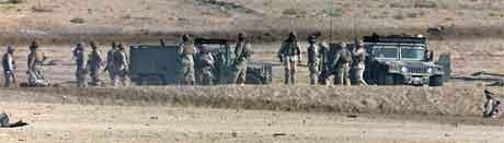 Seks amerikanske soldatar vart drepne i eit angrep på ei militærkolonne i Falluja i Irak. (Foto: Reuters/Scanpix)