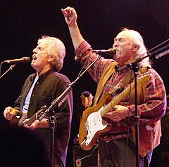 David Crosby og Graham Nash er kanskje mest kjent gjennom bandet Crosby Stills Nash & Young. Foto: AP Photo / Paul Warner.