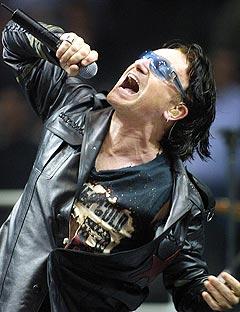 Bono og U2 hyller tysk kraft-synth på sin nye plate. Foto: AP Photo / CP, Andre Forget.