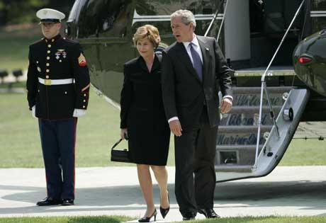 President George W.Bush øker forsprangen på John Kerry.(Foto:Scanpix)
