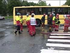 Hjelpemannskaper kom raskt til skadestedet. Foto: Alrik Velsvik, NRK