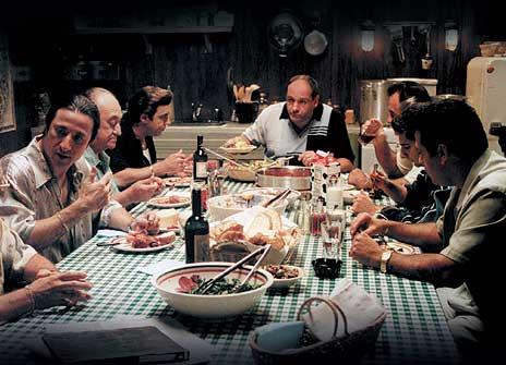 <b>Til bords med The Sopranos.</b><i> Foto fra Damm</i>