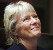 Statsråd Kristin Clemet er stolt av bedringen gjort innen mobbearbeid. Tall viser en reduksjon i mobbing på omkring 30 prosent. Foto: Scanpix/Heiko Junge