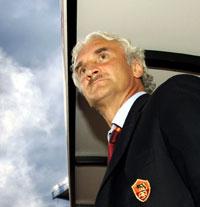 Völlers siste dag på jobben; lørdagens bortekamp mot Bologna. (Foto: REUTERS/Alessandro Bianchi)