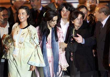 De to Simonaene, som de kalles i Italia, ble møtt med jubel da de landet i hjemlandet.(Foto:Scanpix)