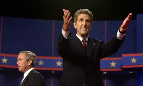 John Kerry var fornøyd med innsatsen etter nattens debatt. (Foto: AP/Scanpix)