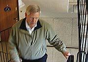 Enkle tiltak som å ta trappa opp til 4. etasje, gjorde mye for helsa til Arnfinn. I tillegg ble han med på innendørs trim og gikk tur i skogen.