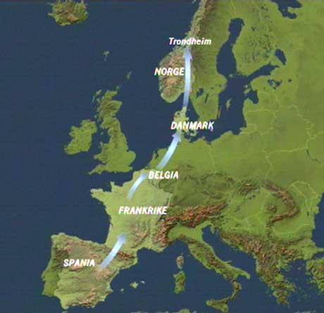 Druebrennevinet ble fraktet med vogntog gjennom Europa. (Grafikk: NRK)