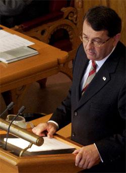 Finansminister Per-Kristian Foss presenterte i formiddag regjeringens forslag til statsbudsjett i Stortinget. (Foto: Lise Åserud/Scanpix)