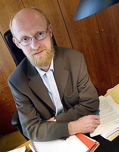 Statssekretær Yngve Slettholm lekker fra forlsaget til ny åndsverklov. Foto: Arash A. Nejad, Scanpix.