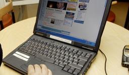 Datasnoker kan i mange tilfeller logge seg inn på trådløse nettverk fordi nettverkene mangler kryptering.