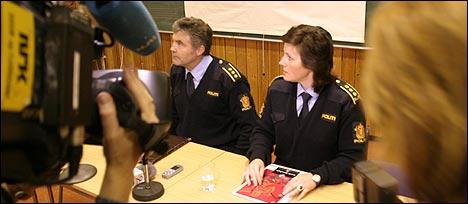 Kjell Fonn og Sissel Kleiven på pressekonferansen i føremiddag. Foto Arild Nybø NRK.