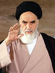 Ayatollah Ruhollah Khomeini satte ord på frustrasjonen som mange muslimer følte for USA. Foto: AP Photo / SCANPIX