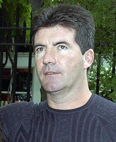 Simon Cowell har flere ganger vist at han er den verste sluggeren til å rakke ned på talenter i American Idol. Foto: AP Photo / Julie Jacobson.