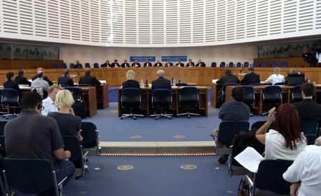 Menneskerettsdomstolen i Strasbourg. Dommerne i bakgrunnen. (Foto: Tor Richardsen / SCANPIX)