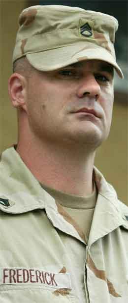 Stabssersjant Ivan Frederick sa seg skuldig i mishandling av fangar i Abu Ghraib-fengselet. (Foto: Reuters/Scanpix)