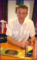 Bestyrer Birger Stenhjem har vært med på osteventyret siden starten i 1969.