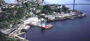 Havneområdene utenfor skipsverftene, som her i Brevik, skal undersøkes.