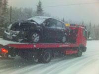 De to bilene frontkolliderte. Foto: NRK/Jan Erik Helleren