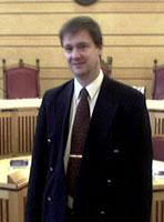 John Kristian Elden er Terje Wiiks forsvarer. (Foto: NRK)