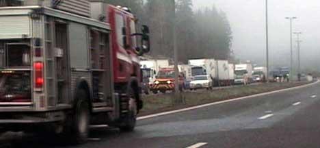 Det oppstod lange køer etter ulykken ( Foto: TV FOLLO )