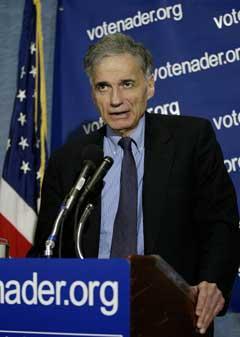 Ralph Nader er fortsatt på banen. (Foto: Reuters/Scanpix)