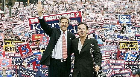 Bruce Springsteen støtter John Kerry i den amerikanske valgkampen. Foto: REUTERS / Jim Young.