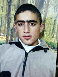 16 år gamle Amer Abdel Rahim fra Nablus tok med seg tre israelere i døden da han sprengte seg selv i Tel Aviv i dag. (Scanpix-foto)