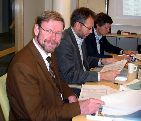 Rådmann Nils Fredrik Wisløff presenterte budsjettet på en pressekonferanse tirsdag. Foto: Kate Bart-Nilsen.