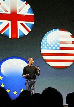 Snart verdensherredømme? Det er bare et tidsspørsmål før brukere i Norge også kan kjøpe musikk via Steve Jobs og Apples iTunes. Foto: Jim Watson, AFP Photo.